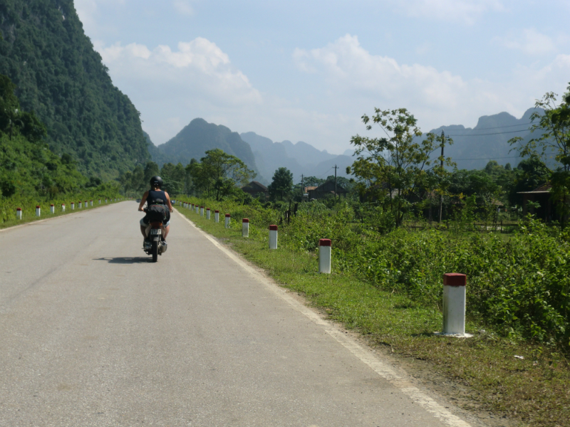 ho-chi-min-trail-103